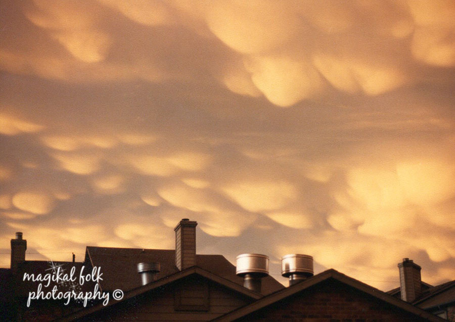 mammary_clouds_3